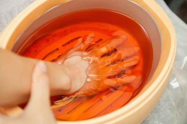 Problemy skóry w okolicach dłoni – jak im zaradzić?
